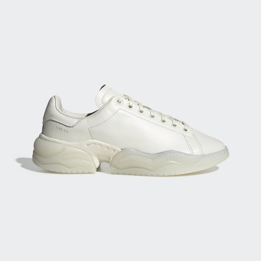 Type_O_2L_Shoes_White_EG6651_01_standard.jpg