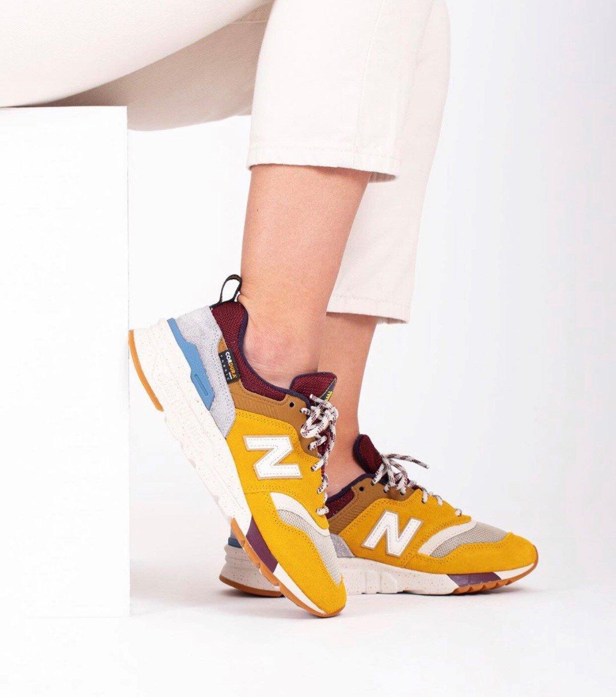 Sabueso obtener Ananiver  Wish List: New Balance 997 HXE — CNK Daily (ChicksNKicks)