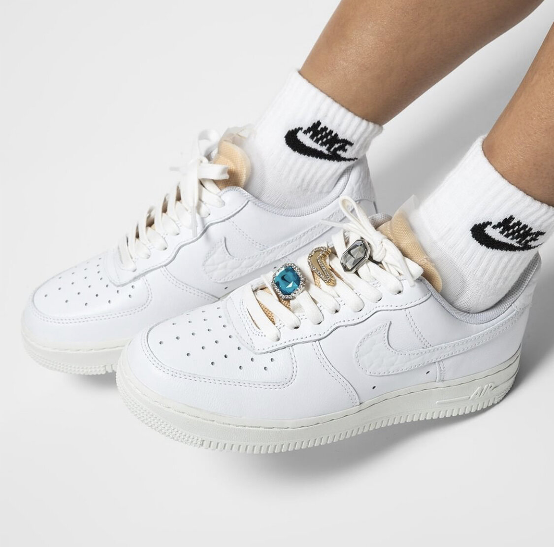 Cop or Can: The Latest Air Force 1 Comes with Added Bling — CNK ...