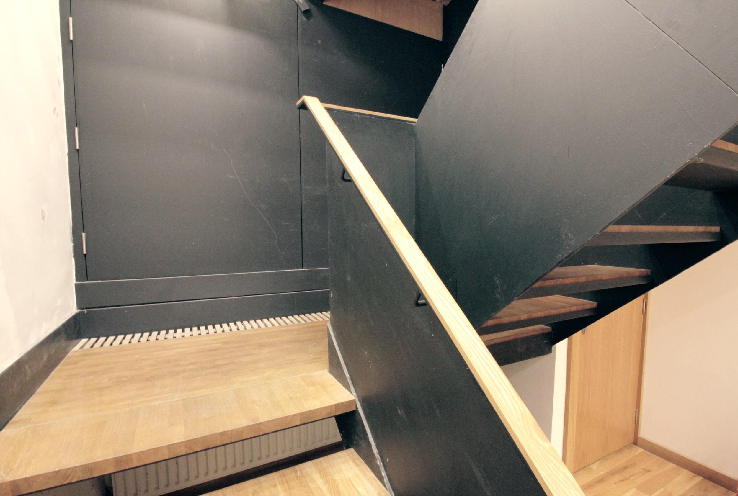 stairs-01.JPG
