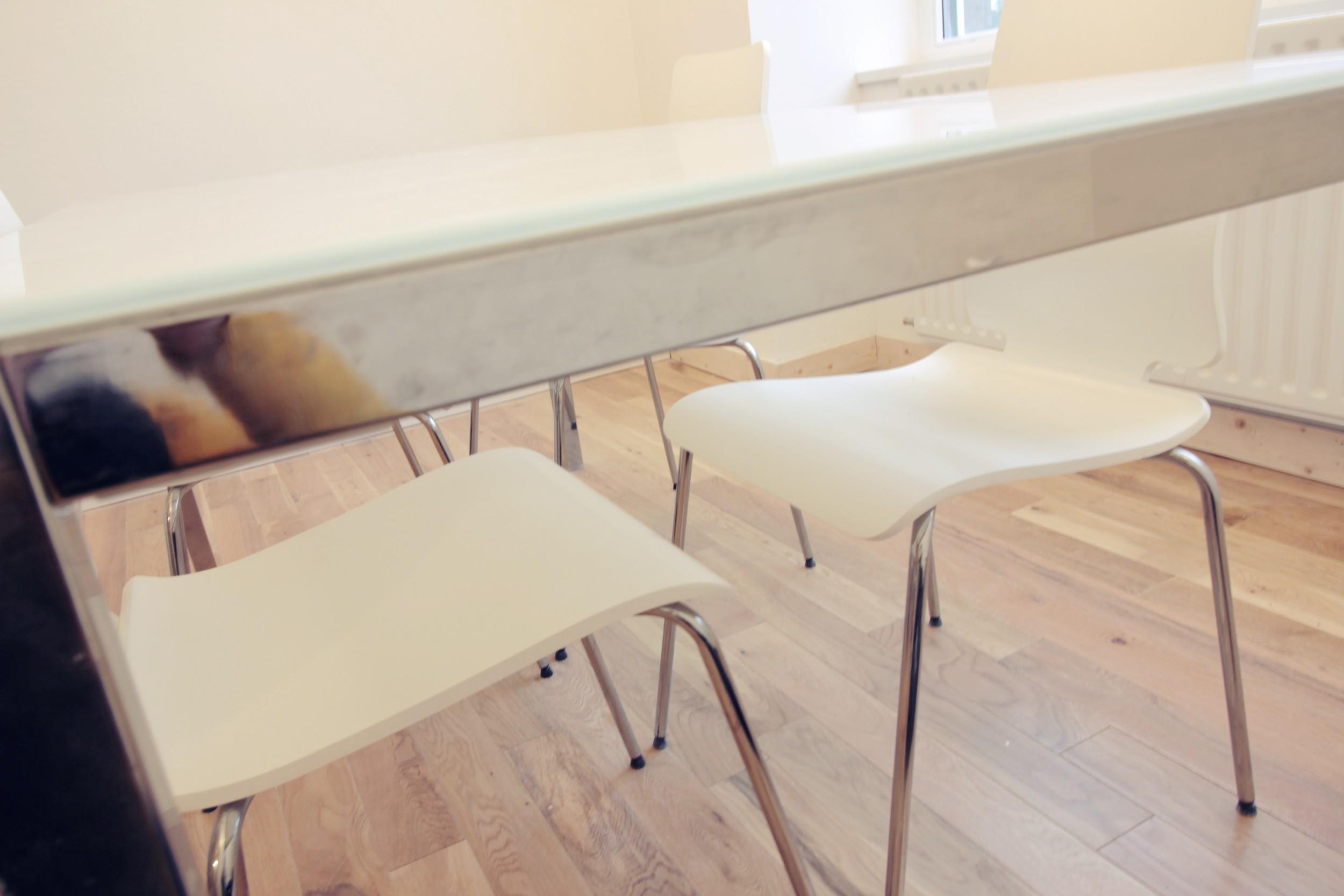 meeting-room-02.JPG