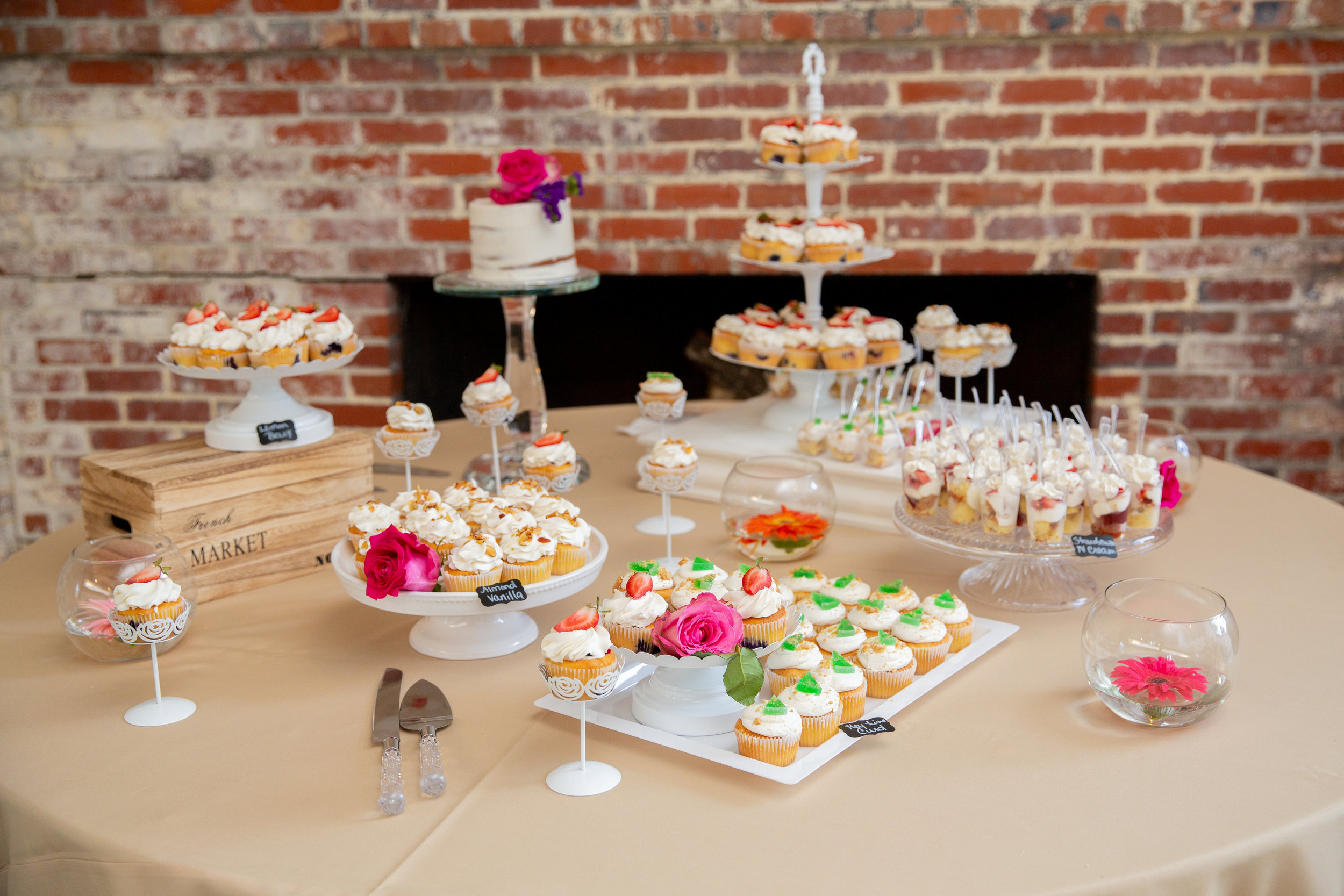Wedding Desserts by Buttercream Catering.jpg