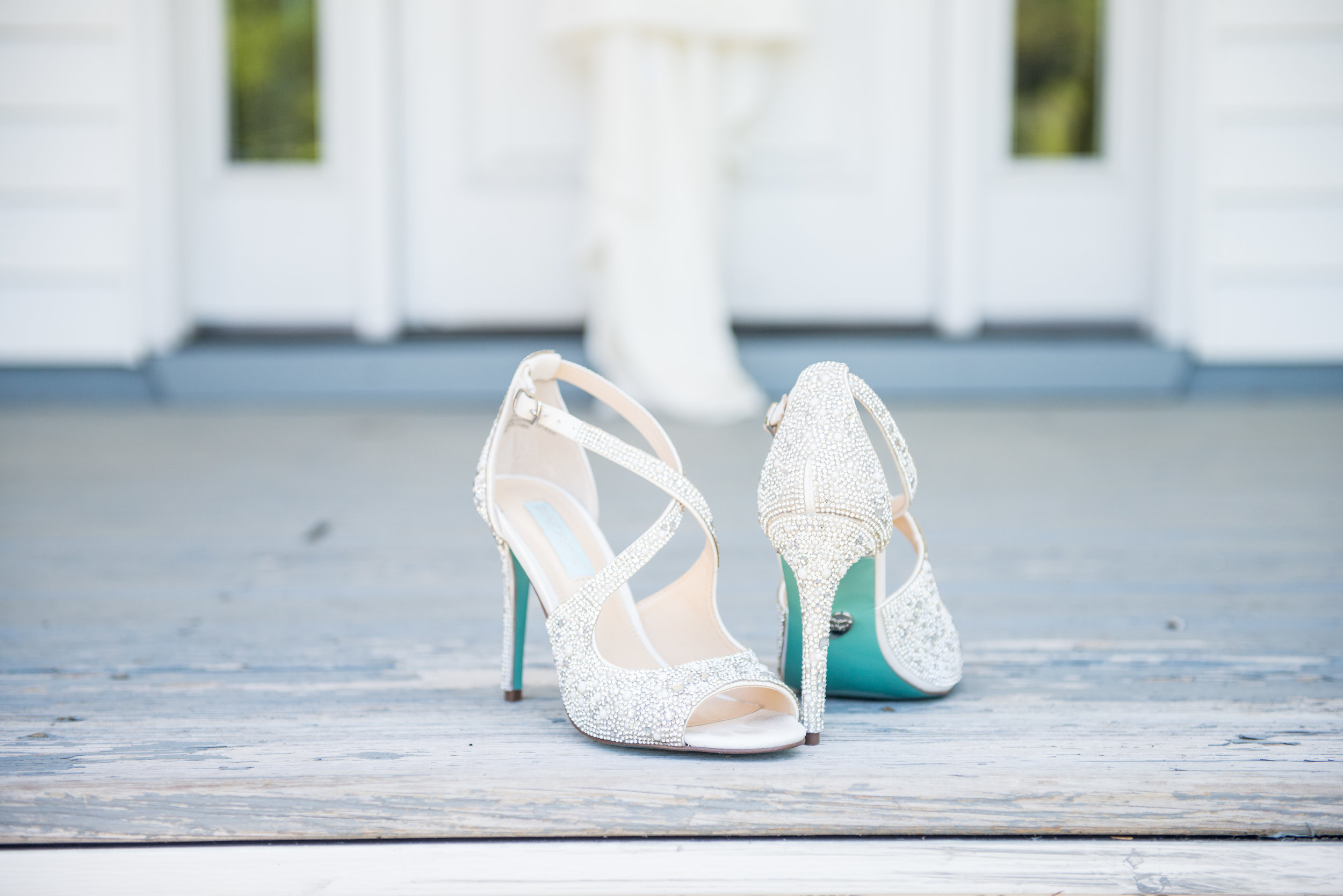 Wedding Tiffany Shoes EVENTSBYSANTANA.jpg