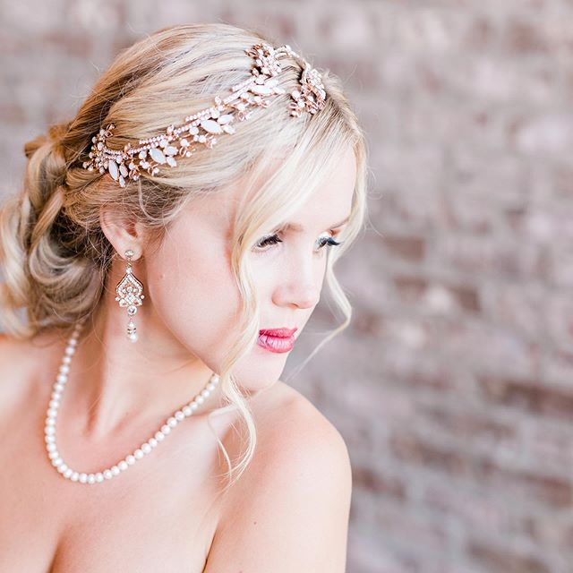 This headpiece from @thedressingroom_pawleys gave us all the feels 🤗  Hair & Makeup | @blushandveil  _ _ Planning | @eventsbysantana  Venue | @twelve33distillery  Photography | @hannah_ruth_photography  Florals | @royaldecormb  Dress(es) | @thedressingroom_pawleys  Hair & Makeup | @blushandveil  Suit | @menswearhouse  Rentals | @eventworksrentals  Linen | @cdlinen  Cake | @buttercreamcakesandcatering Videographer | @naproductions Coasters & Menu | @charlotteandlilyllc  Furniture | Southern Sass Furniture Designs