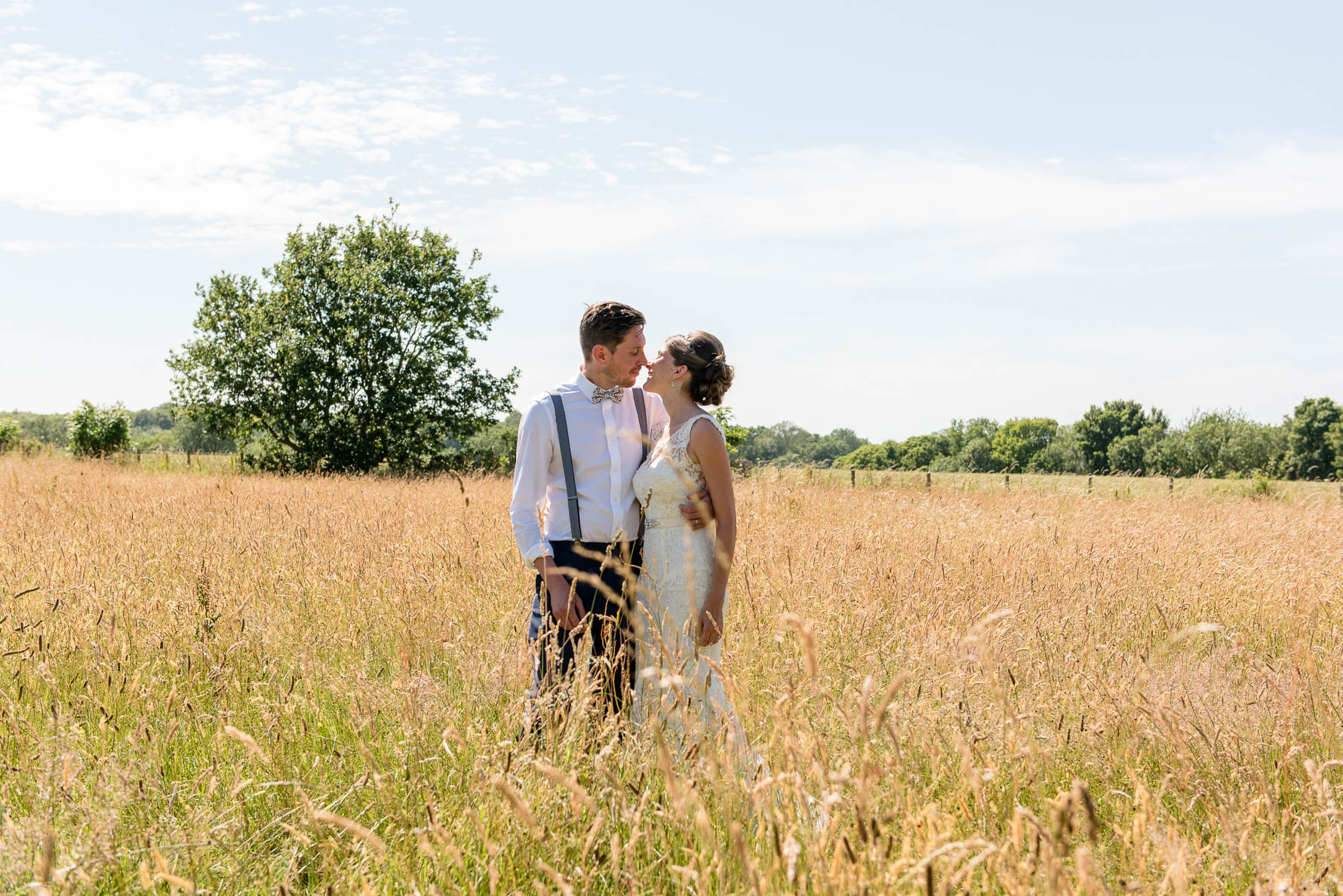 wooton village hall wedding-40.jpg