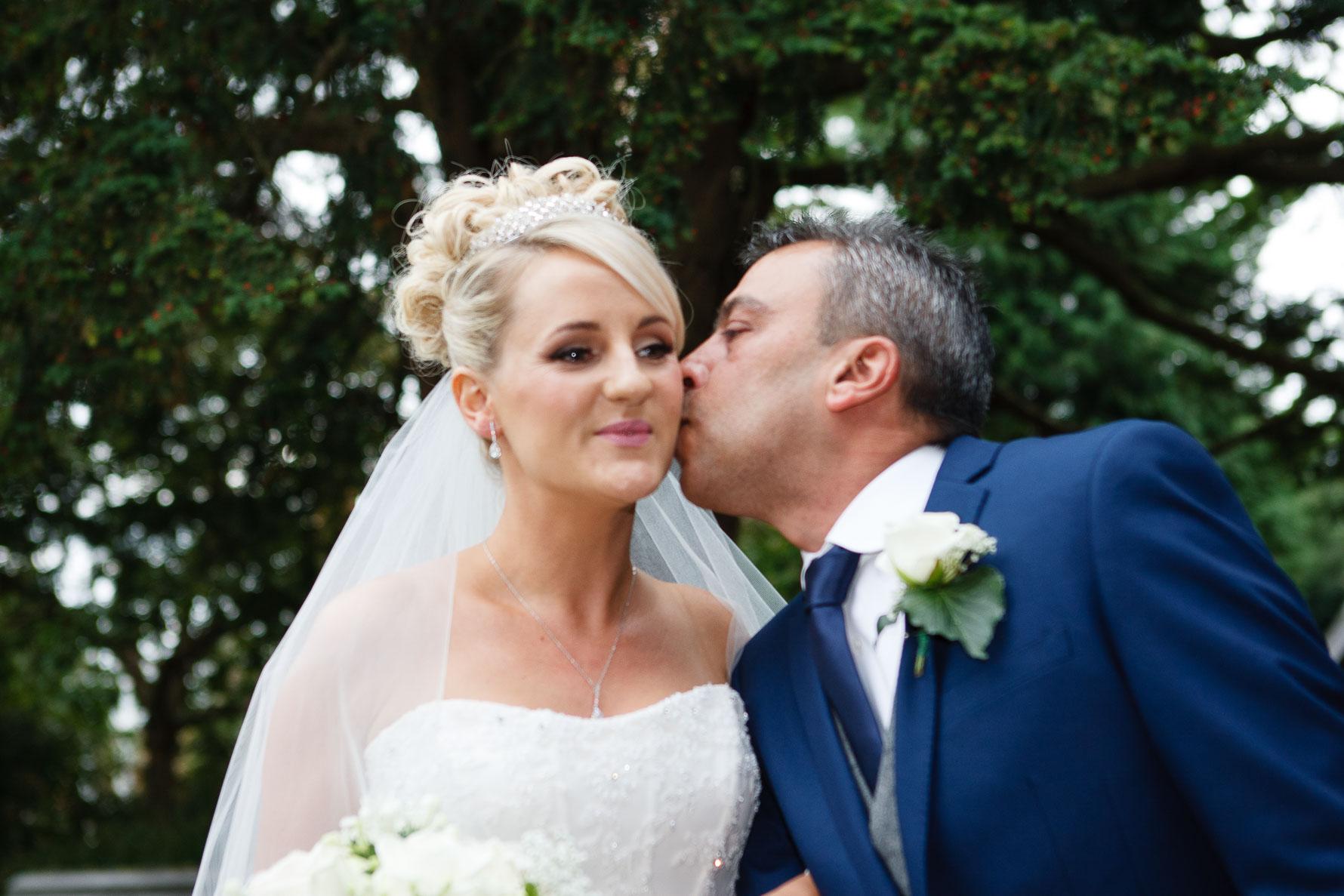 Canterbury Cathedral Lodge Wedding21-20141004 0397