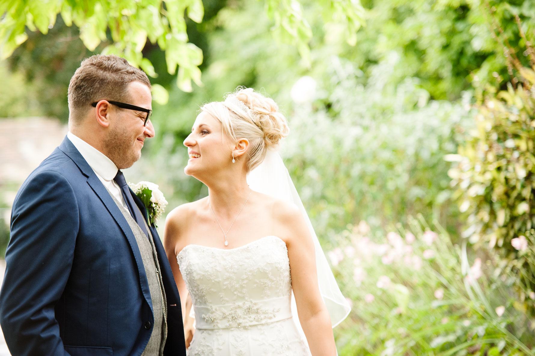 Canterbury Cathedral Lodge Wedding79-20141004 1477