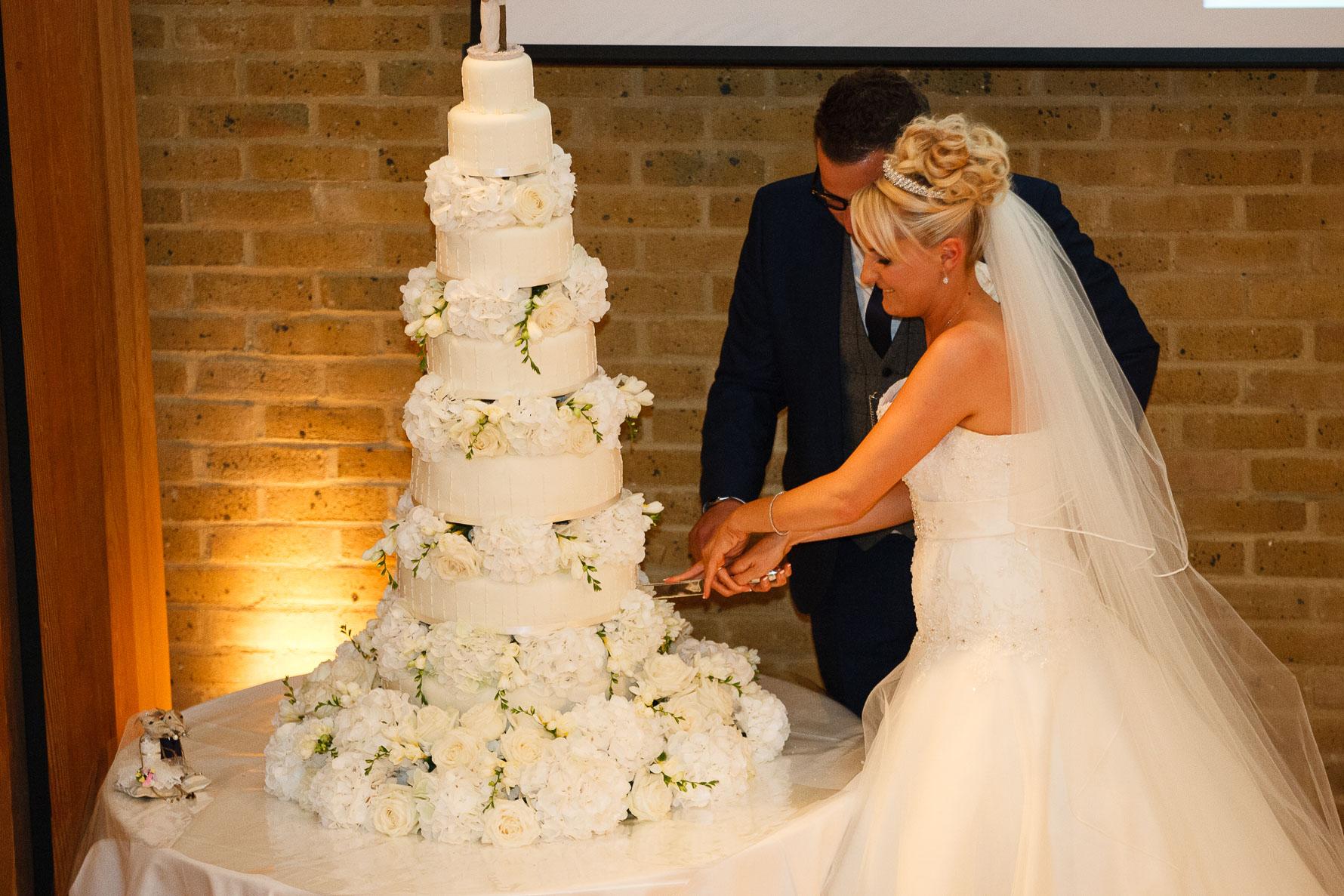 Canterbury Cathedral Lodge Wedding92-20141004 1739