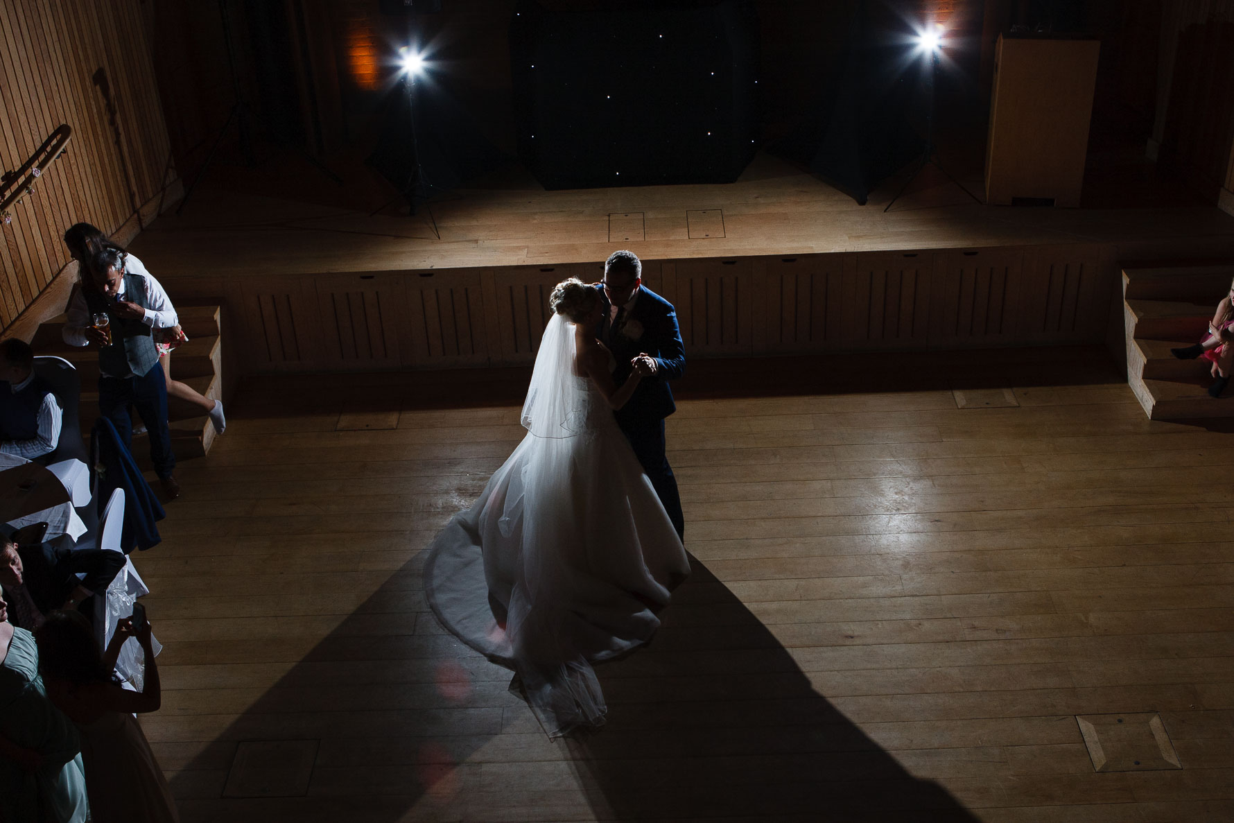 Canterbury Cathedral Lodge Wedding97-20141004 1894