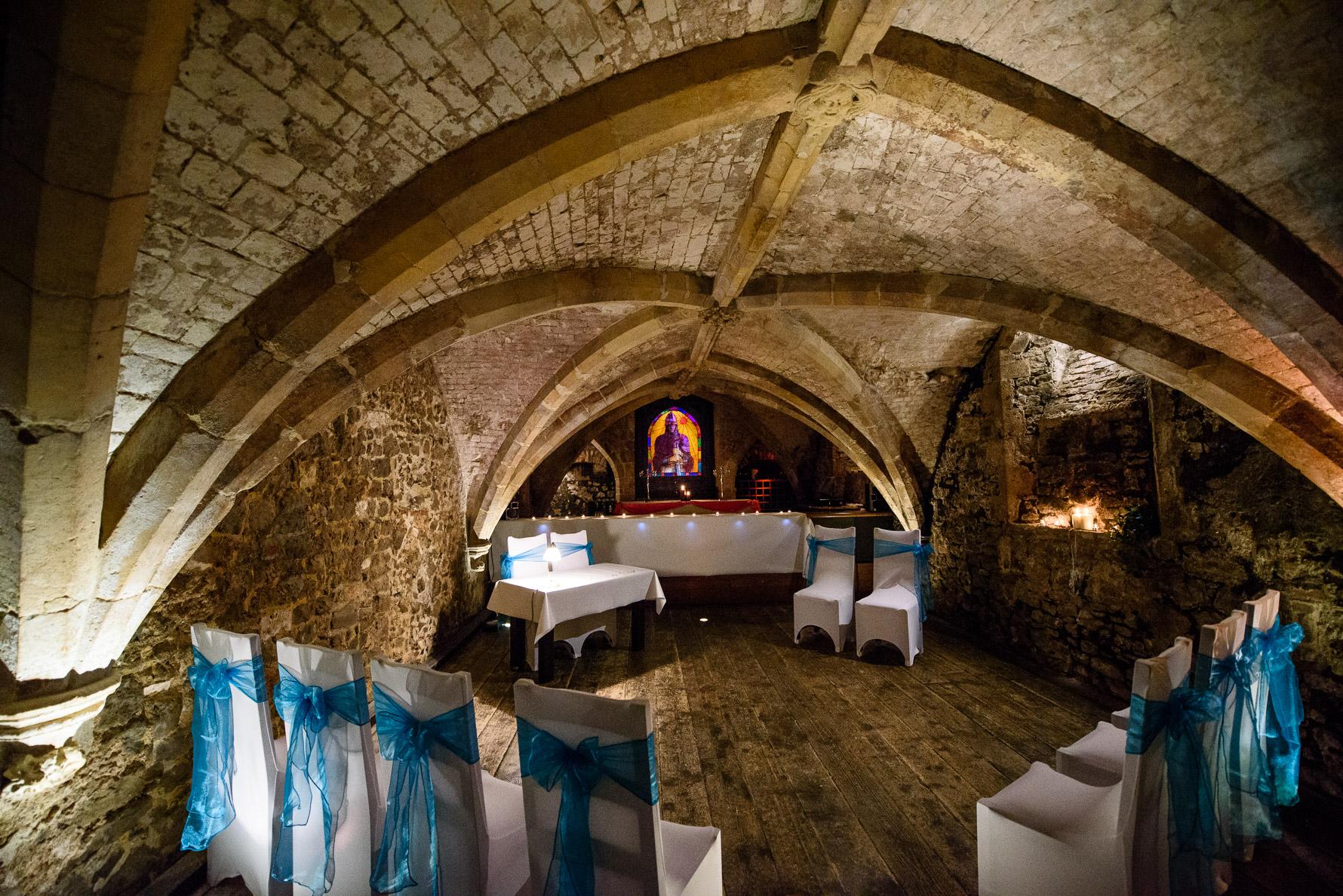 12800 ISO Wedding Venue