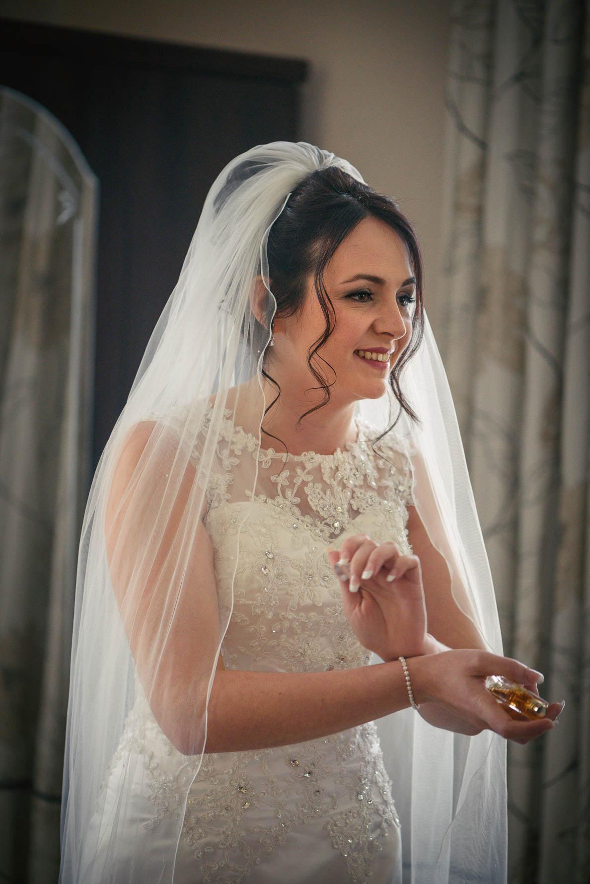 Hadlow Manor Wedding-15.jpg