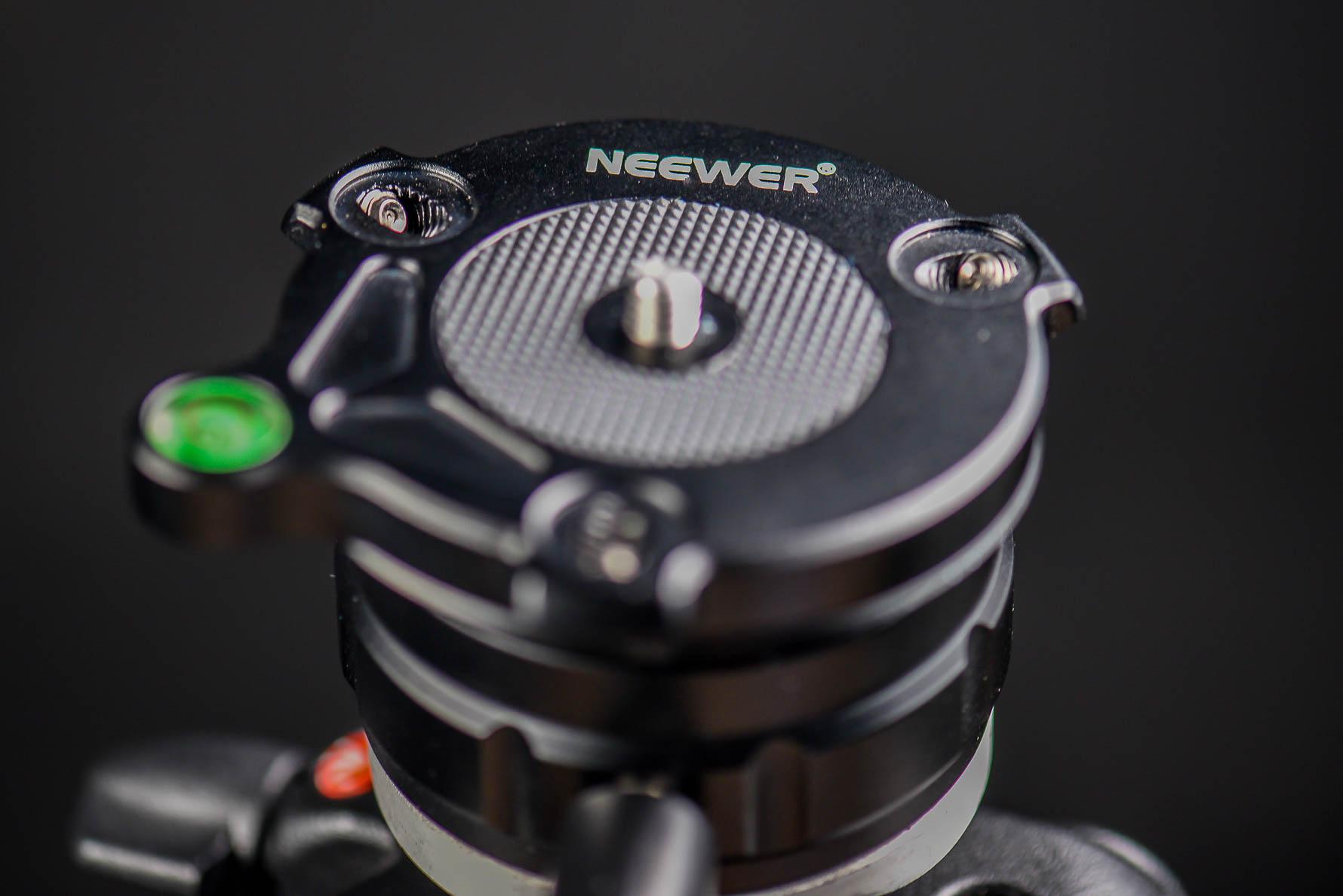 Neewer Tripod Leveling Base review