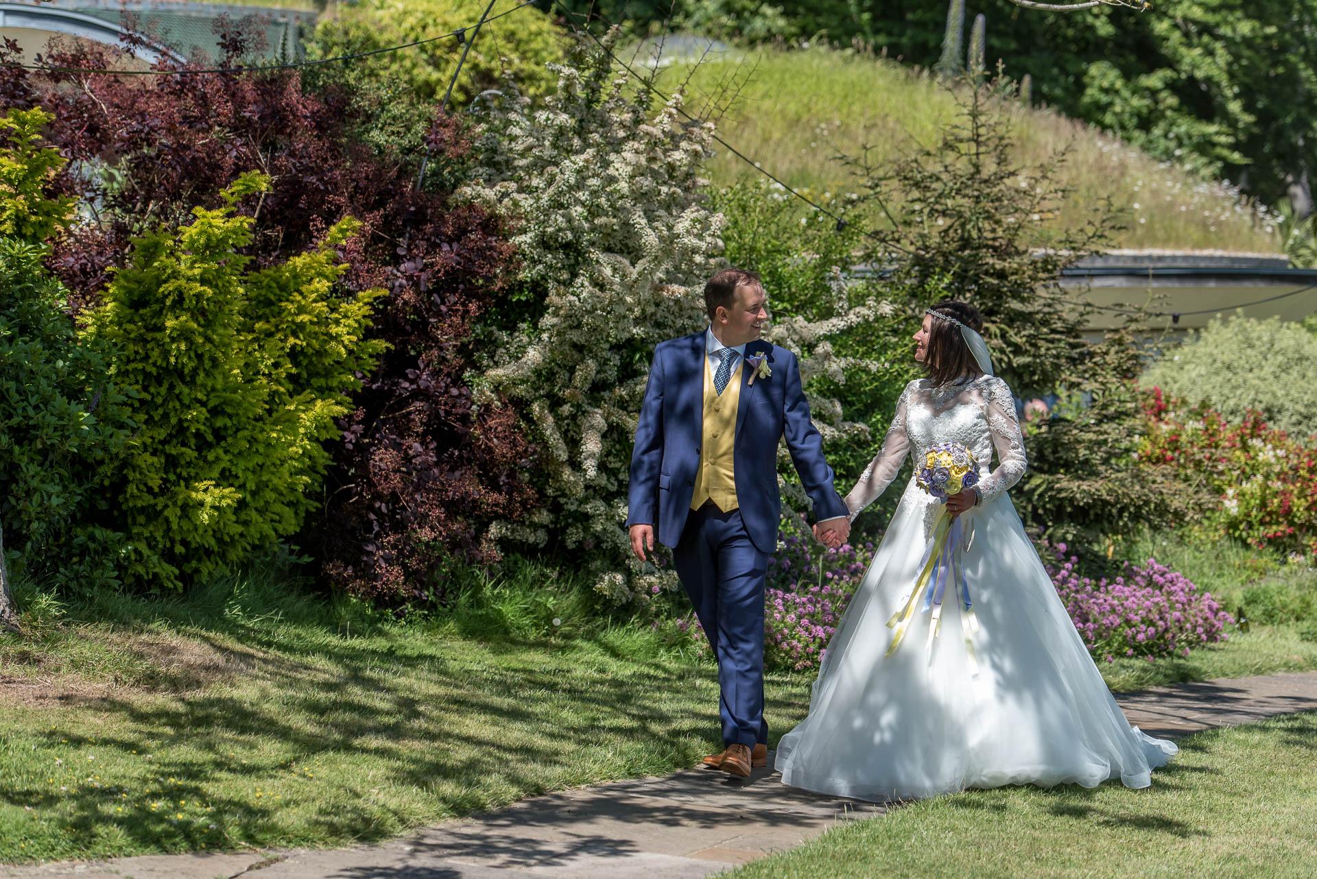 Pines Calyx Kent Wedding (44).jpg