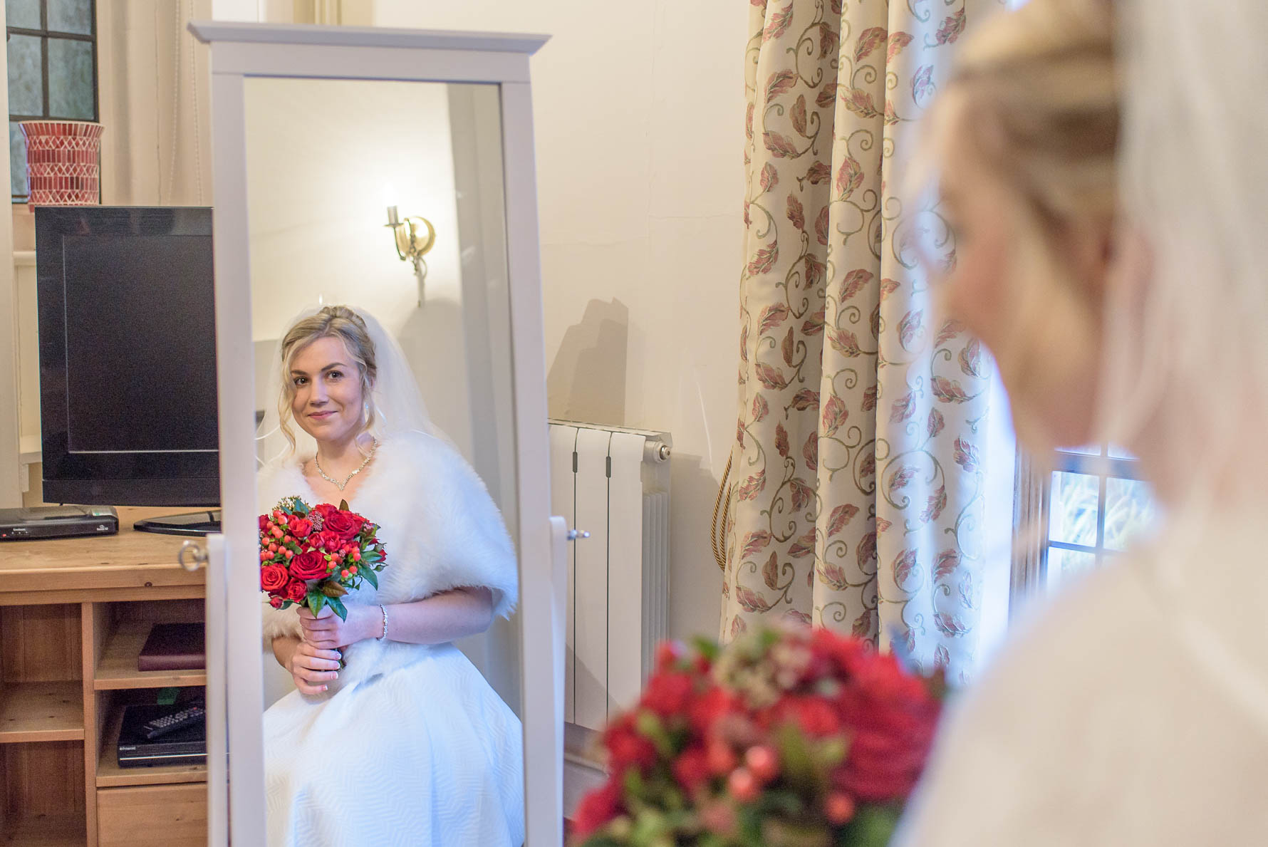 Lympne Castle winter wedding-14.jpg