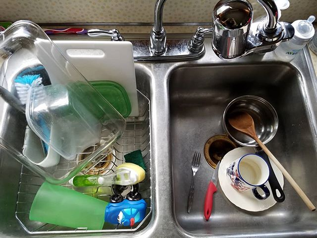 Doesn't everyone have #toycars in their sink?  #boymom #toocute #toyseverywhere #MOM #momofmany #momlife #reallife #dirtydishes dirtysink #houseworkcanwait
