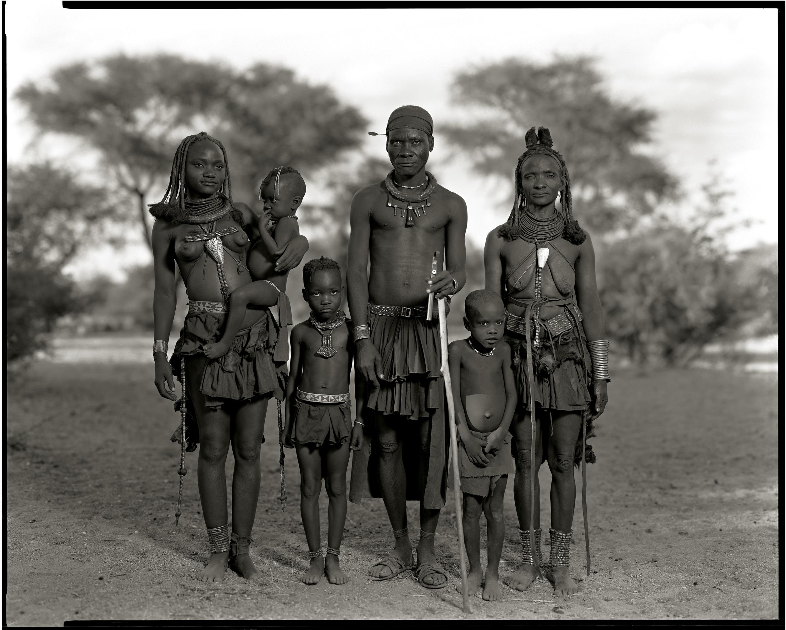 himba family.jpg