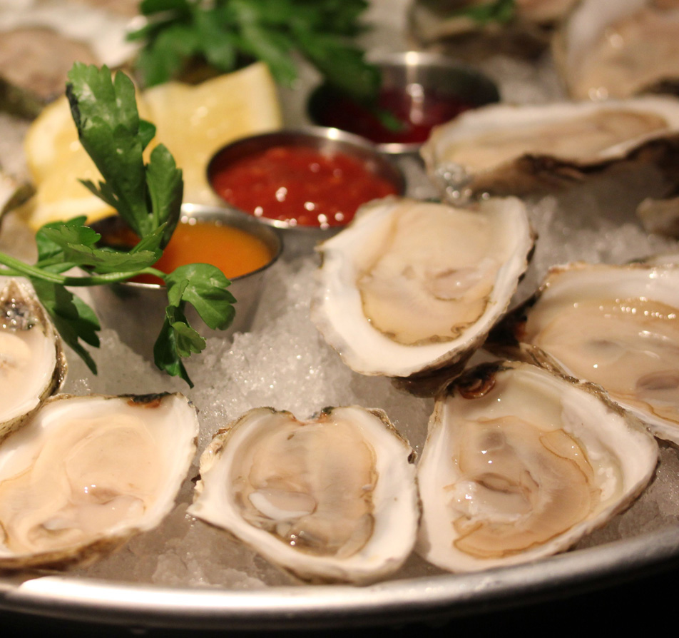 oysters include mayflowers, pemaquid, thatch island, standish and island gold malpeque