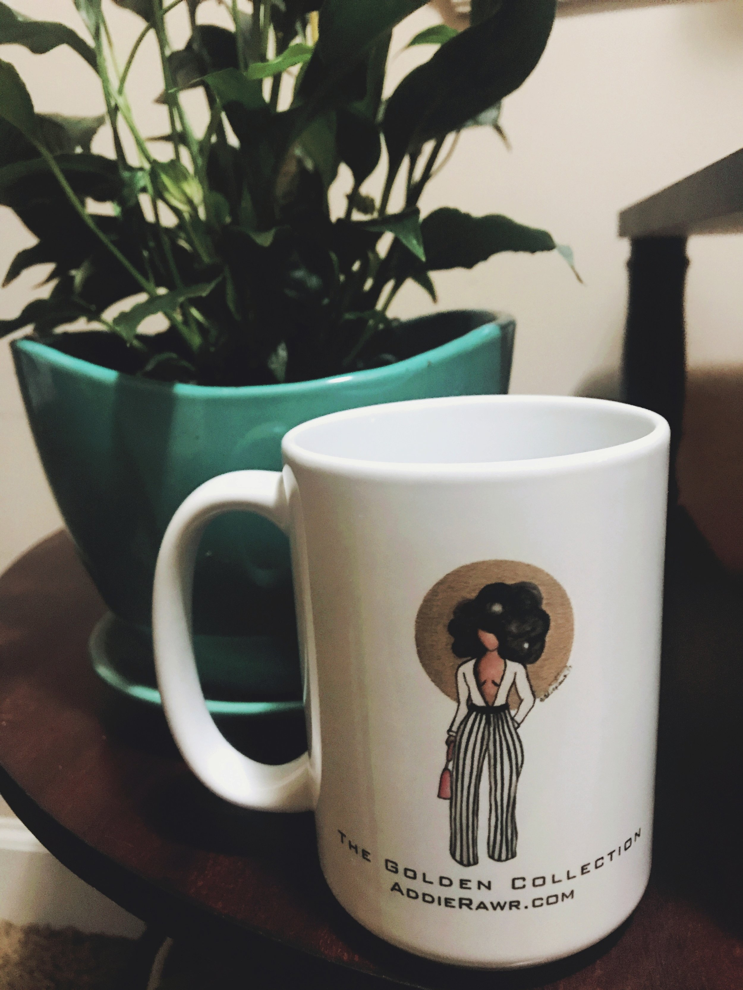 The Soleil Mug from the Golden Collection is in the  shop .