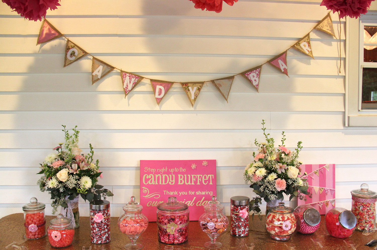 Wedding Candy table-Middlefield Ohio-Flowers by Emily.JPG