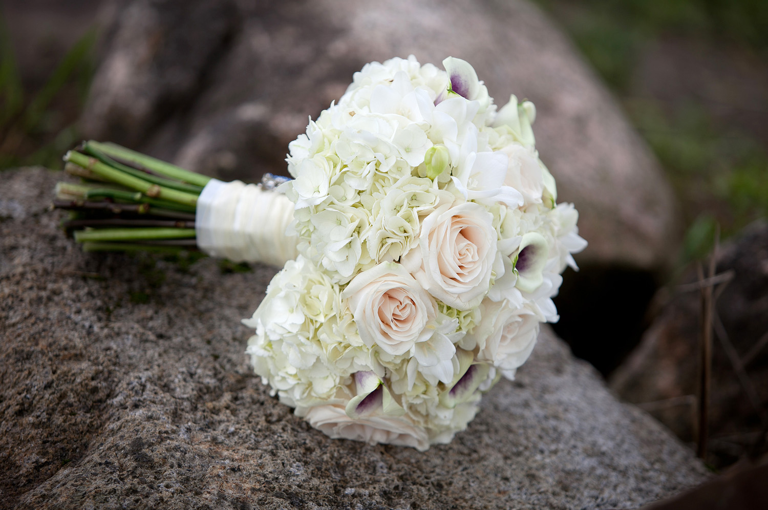 White Wedding Bouquets-Middlefield Ohio-Flowers by Emily.JPG