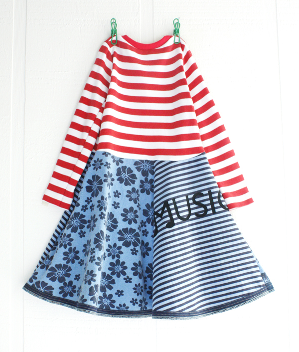 """Size 4T ~ 24 ½"""" long, 11 ½"""" across chest at underarm.    Sleeves are 11"""" from underarm to wrist.    Features © courtneycourtney music silkscreen on back.    Any faint paintmarks are result of the handmade printing technique.    The prints will soften after initial wash.     {get this look}"""