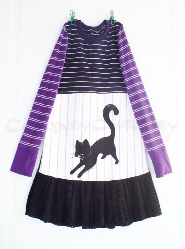 8:10 bw:stripes:cat:purple.jpg