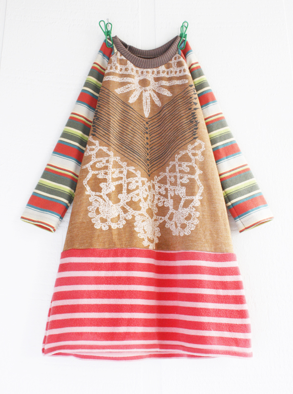 "4T nomad/stripes/terra/pink/ls    Size 4T ~ 24 ½"" long.   *sold out*"