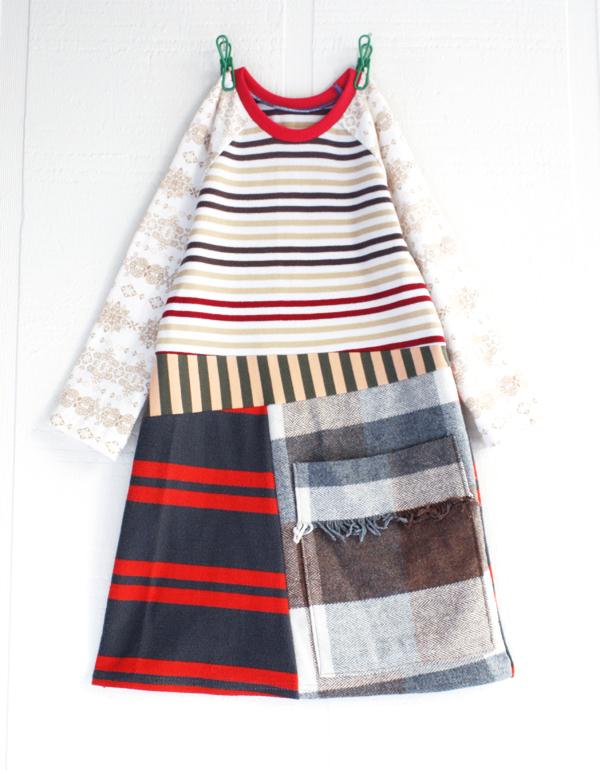 3T snowflakes:stripes:pocket:ls.jpg