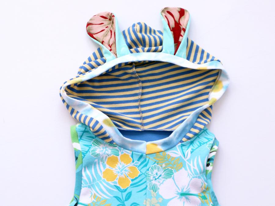 hood 8:10 trop:blue:yellow:bunny:hoodie.jpg