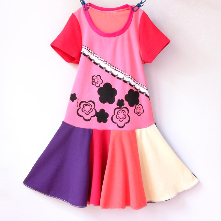 ⅘ pink:crochet:rainbow:flowers:twirl.jpg