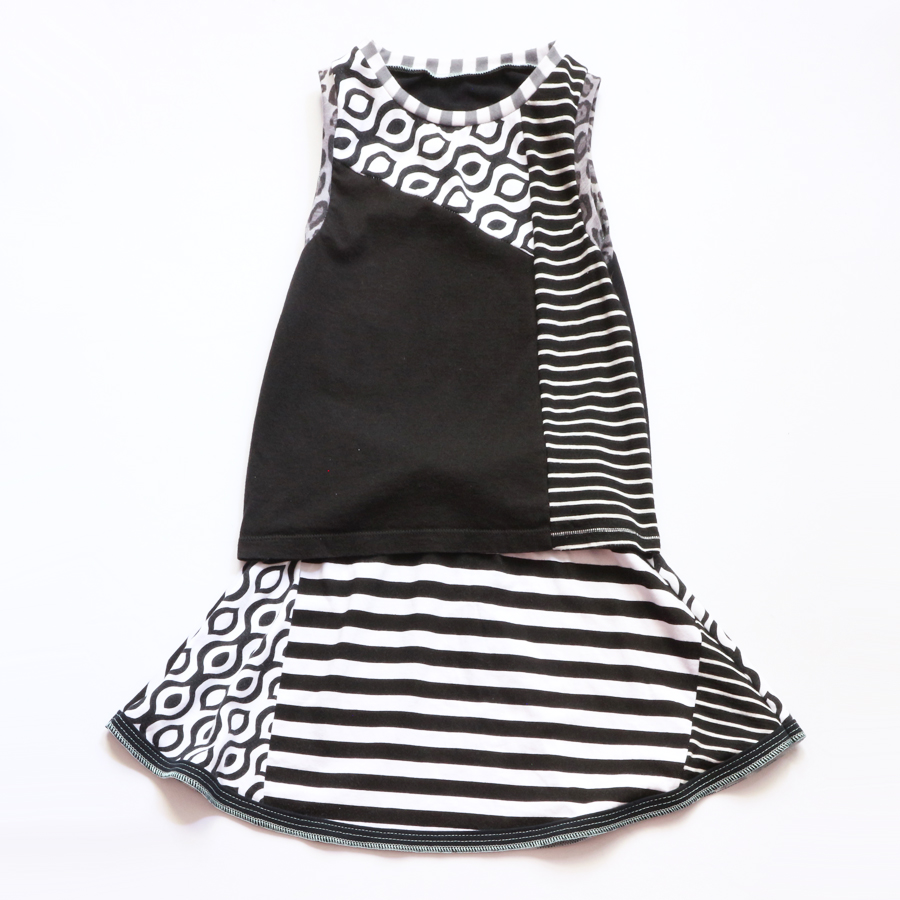 overlap 8:10 black:and:white:stripe:skirt:set .jpg