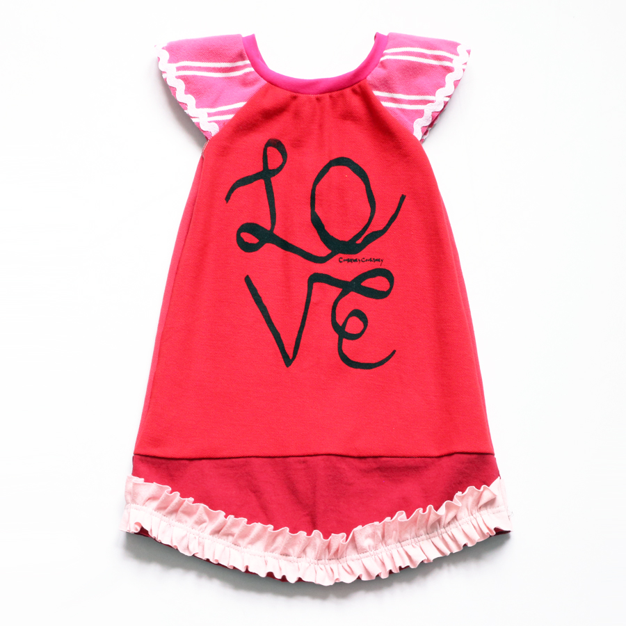 2T ribbon:LOVE:red:flutter:ruffle.jpg