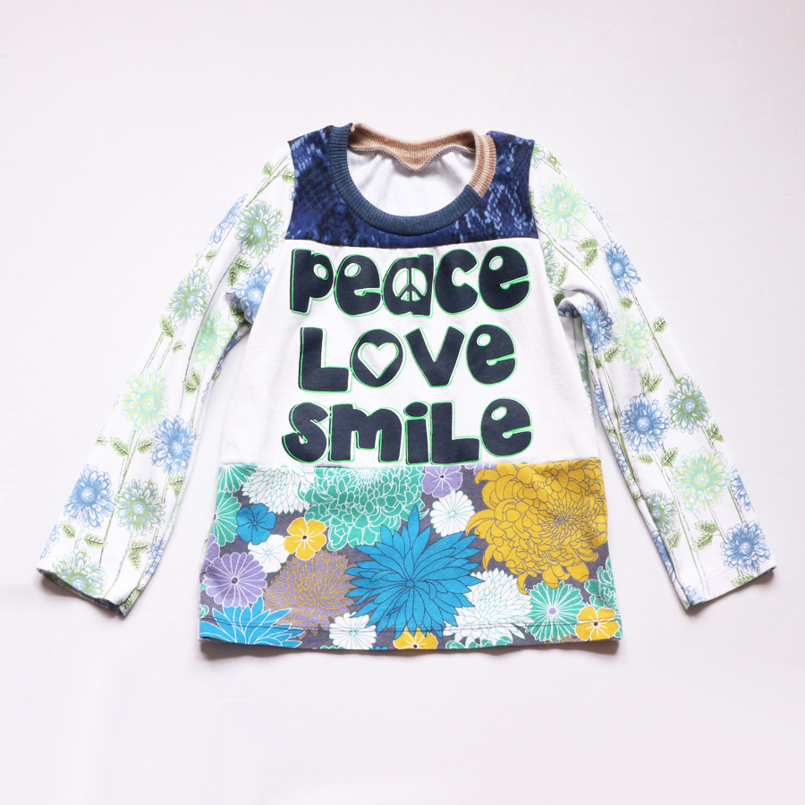 ⅚ peace:love:smile:floral:blues:ls:top.jpg