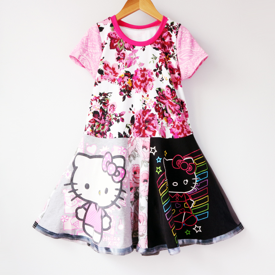 6:7 hello:kitty:pink:floral:ss:twirl.jpg