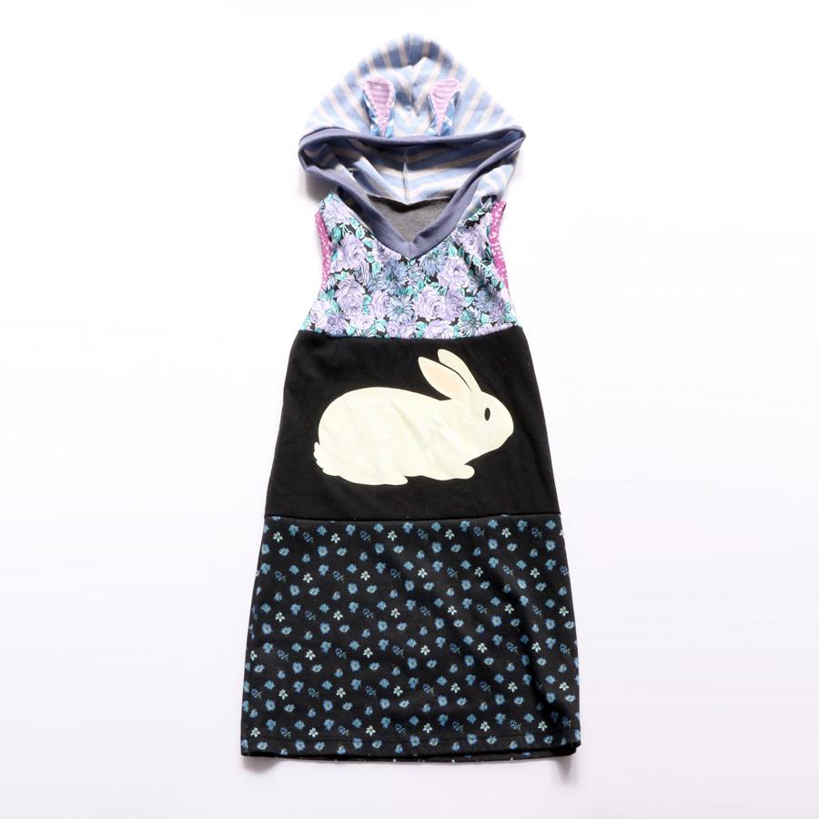 8:10 bunny:glow:dark:hoodie.jpg