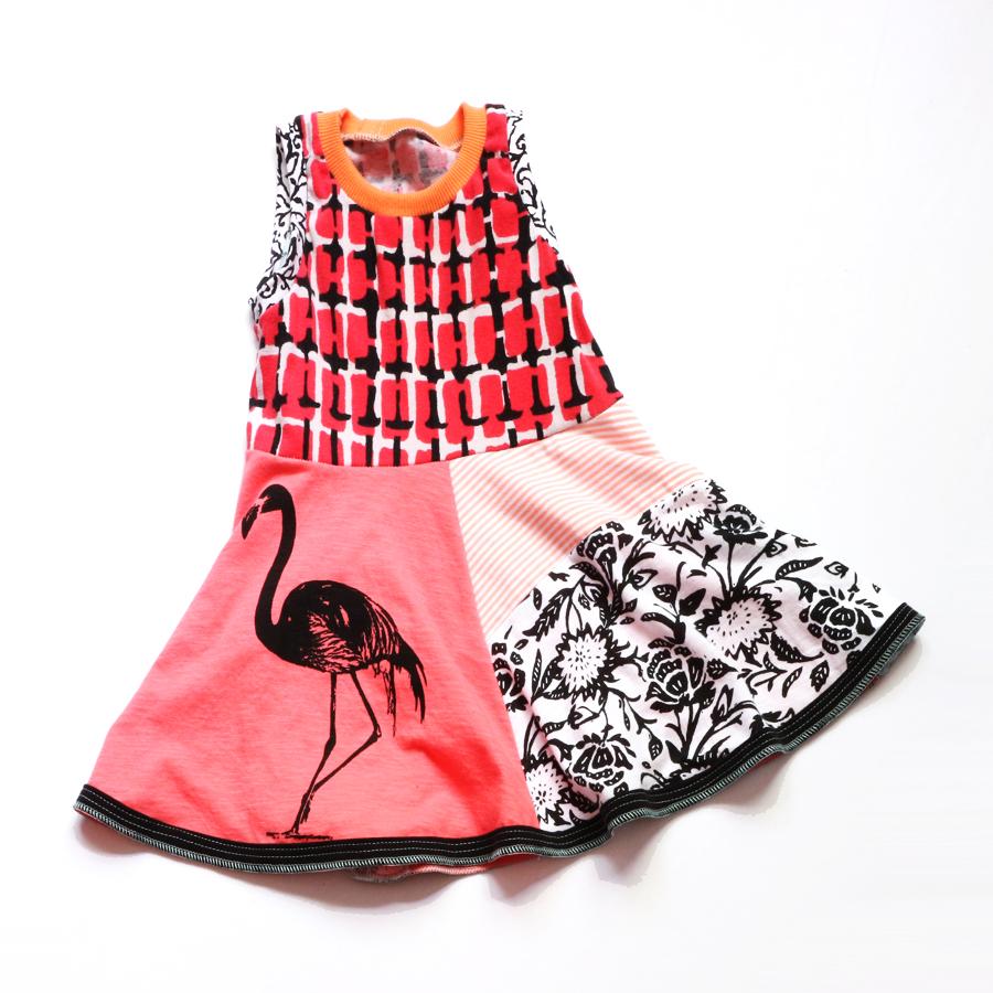 flat 2T coral:bw:flamingo:twirl.jpg