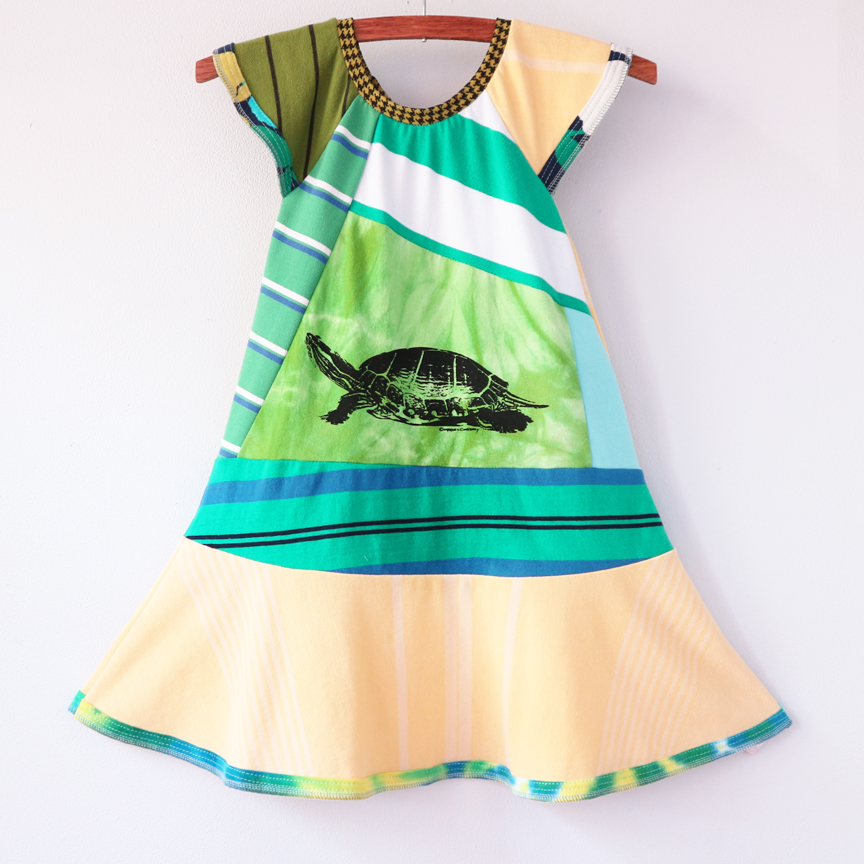 ⅚ flutter:turtle:greens:stripes.jpg