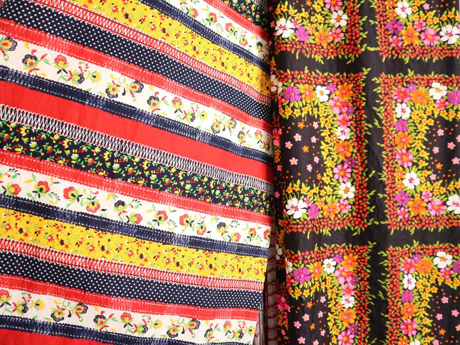 vtg floral fabric 2.jpg