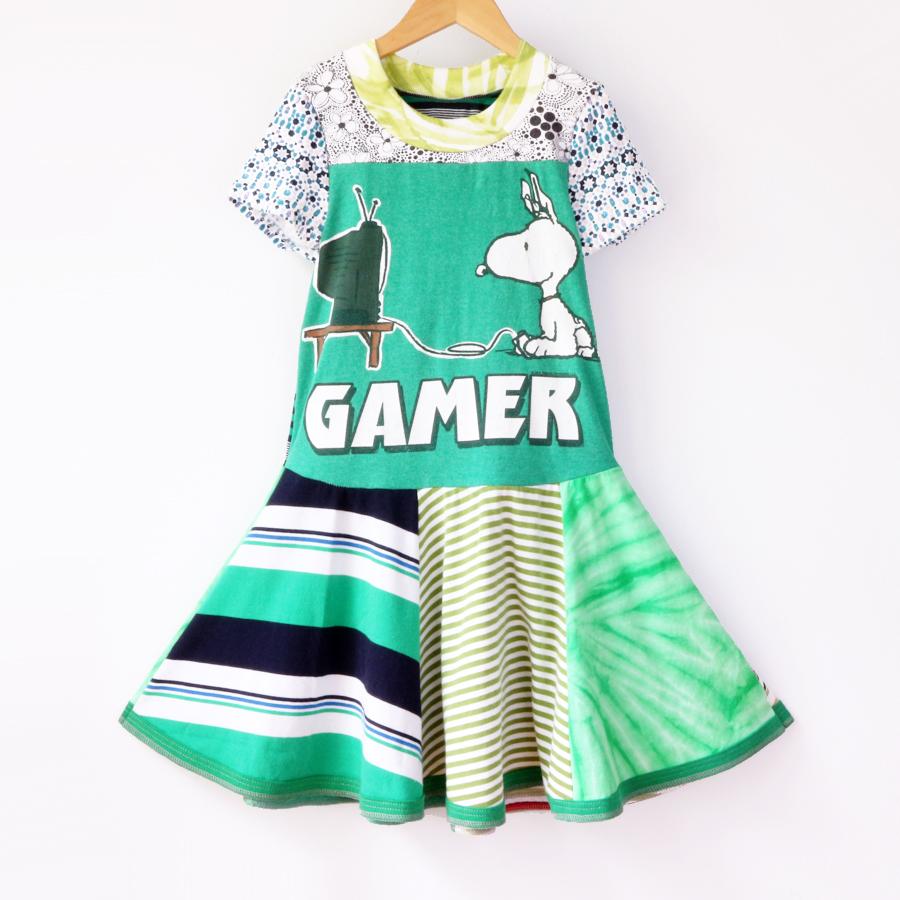 ⅞ greens:gamer:twirl:ss.jpg