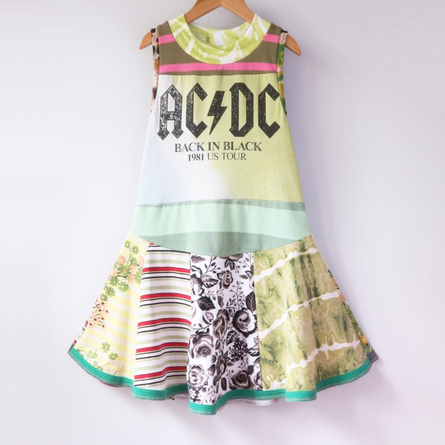 7:8 ACDC:greens:twirl.jpg