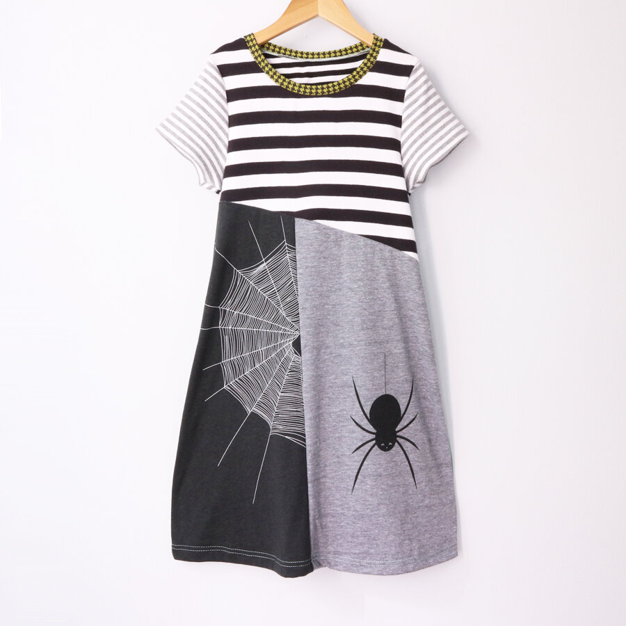 8:10 bw:stripe:blackbird:split:ss:gray:stripe.jpg