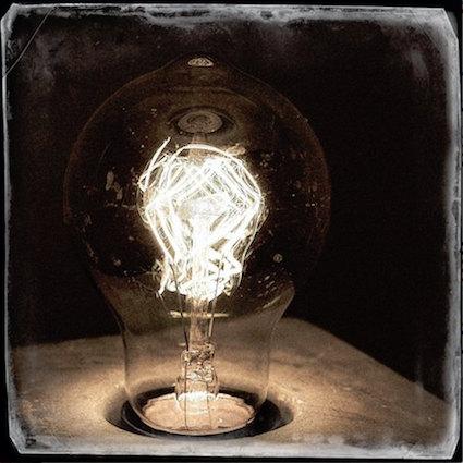 CAB10 Antique Bulb.jpg