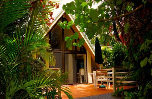 triangle house.jpg