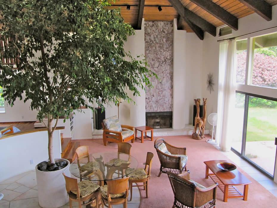 Villa_open-living-room-1.jpg