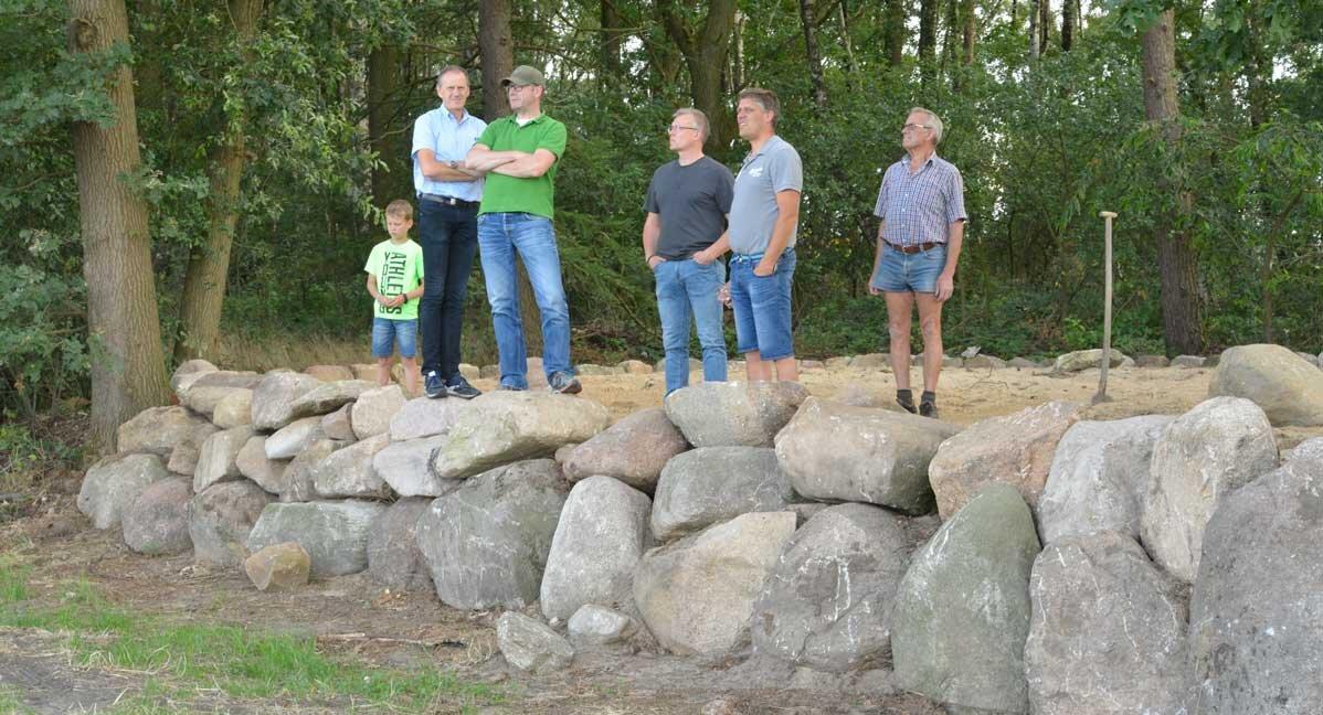 Mitglieder des Gemeinderates schauten bei Bau der Anlage vorbei