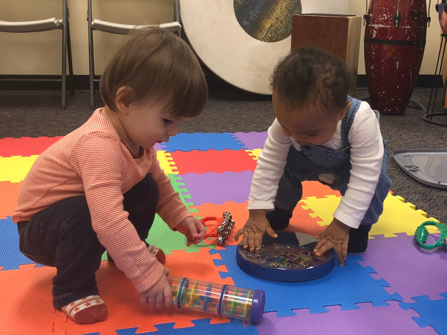 Available Time Slots: 10:30AM to 12:30PM OR 2:00PM to 4:00PM    Fee: $150 per child   This four-day program will give little ones ages 1 to 5 the chance to explore the wonderful world of music and artistic creation together with their parent or caregiver. The fun begins with a 45-minute music class where we will explore varied music genres, instruments and sounds. After a quick break, participants will delve into a world of creative imagination by learning to make instruments, painting with music and much more! Limited Spots available. Contact Sheree Grate at  babyandme@danielsmusic.org  or 212.289.8912 to register today!  Click here  for details on Session II hosted in August.