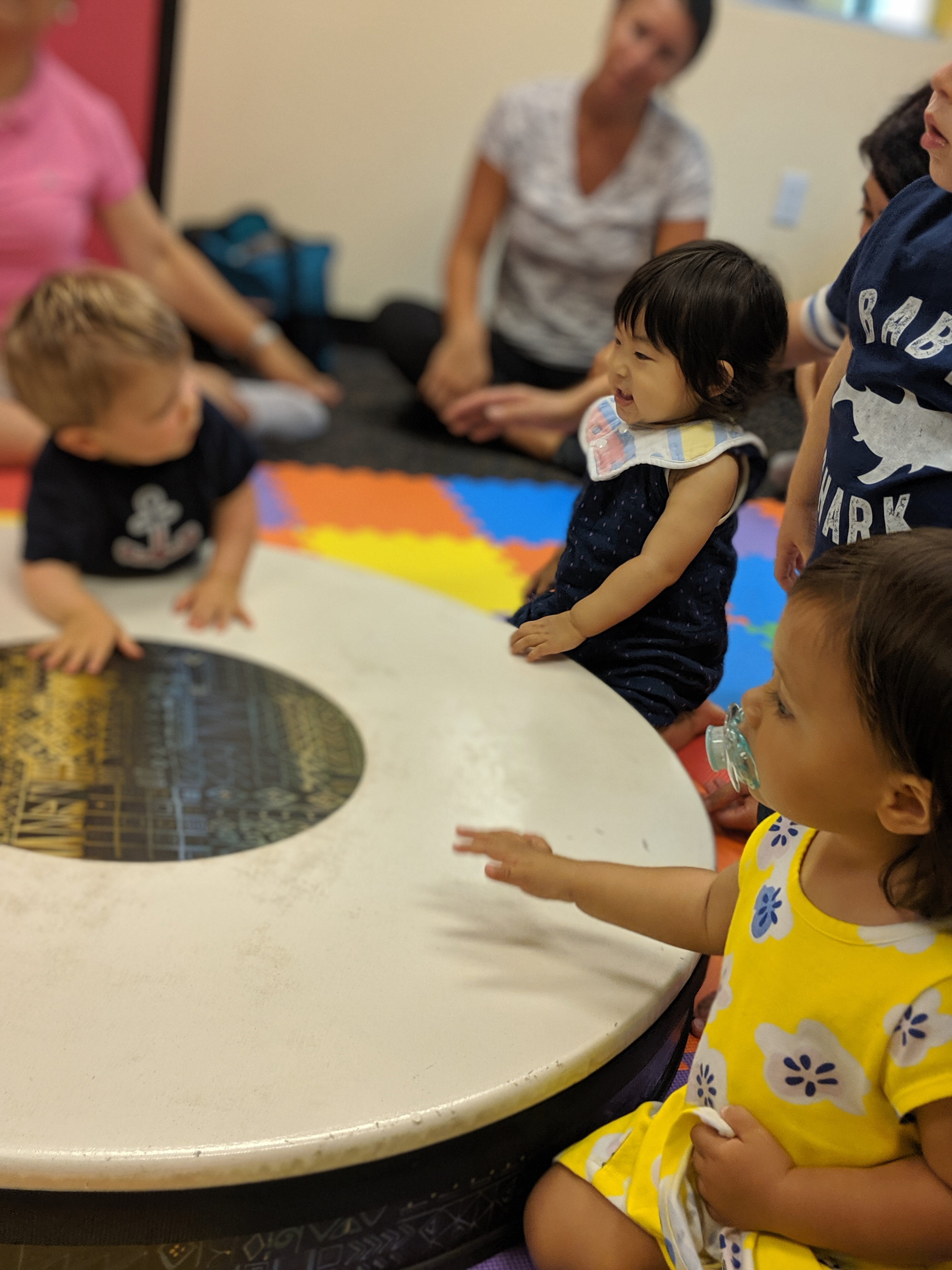 Monthly Fee:$60Drop-In Fee: $20* - ROCK BY BABY (0 - 1 years old)Saturdays 11AM - 11:45AMTOTS RATTLE & ROLL (1 - 2.5 years old)Tuesdays & Thursdays 9:30AM- 10:15AMFridays 10AM - 10:45AM & 11AM - 11:45AMSaturdays 10AM - 10:45 & 11AM - 11:45AM*Spot availability for drop-in is dependent upon class size.