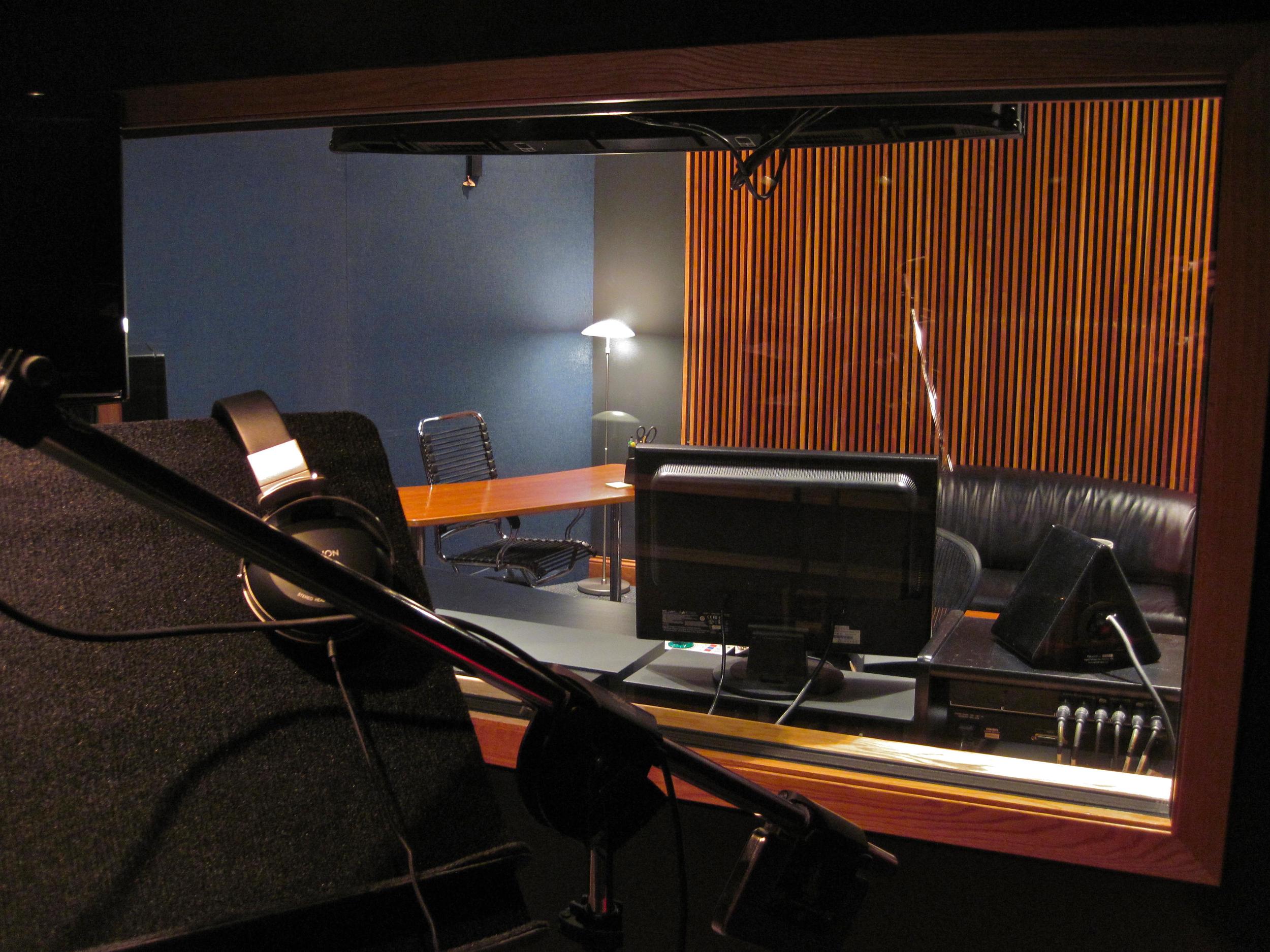Talent POV Producer's Desk