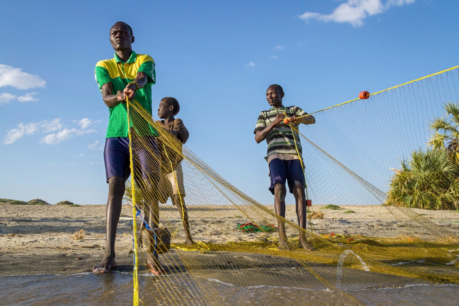 kenya-fishermen-lake-turkana.jpg