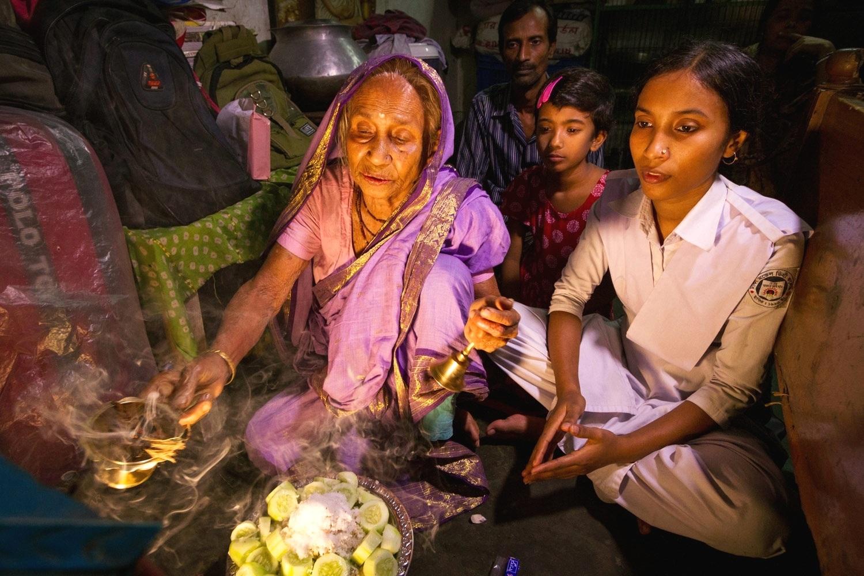 Bangladesh-home-puja.jpg